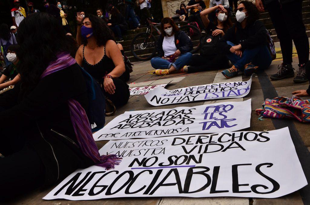 Desde la Mesa de Apoyo rechazamos rotundamente la violencia policial durante el Paro Nacional en Colombia: el gobierno del Presidente Duque debe garantizar el derecho a la protesta en todo el país